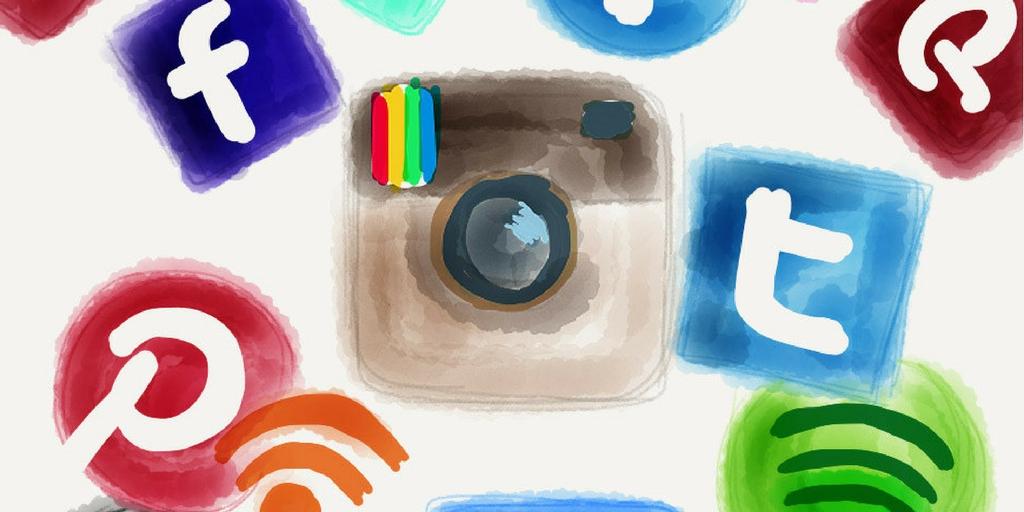 10 Social Media Myths Debunked